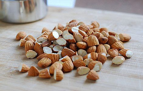 4 soorten noten die je in huis moet hebben | Naoki.nl – dierproefvrije en natuurlijke cosmetica, lifestyle, recepten, eerlijke mode & inspiratie