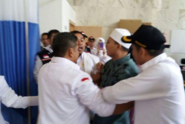 Teriak Allahu Akbar Jemaah Haji Ini Mengaku Melihat Malaikat Jibril di Kabah