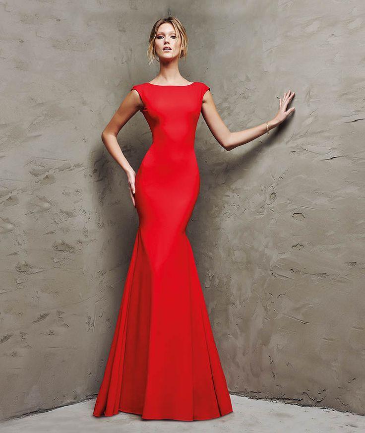 ¿Qué te parece el color rojo para ser la invitada más sensual?. Pronovias nos da la respuesta