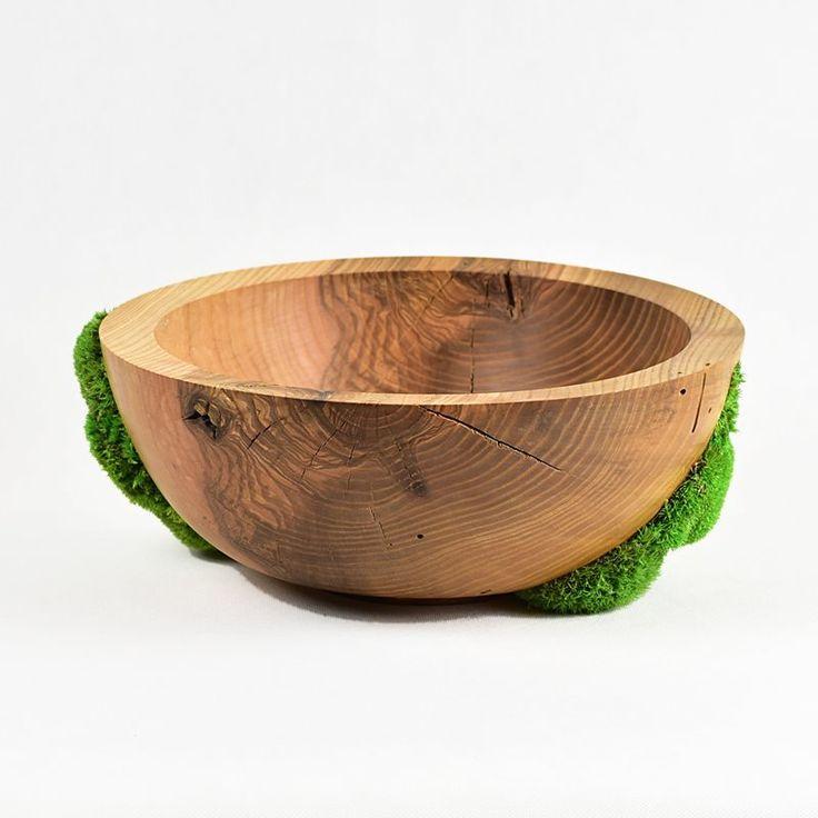 #Ash #bowl with natural #moss / Miska z jesionu z aplikacjami z mchu / #mech #mossdecor #mossart #mossdesign #toczenie #toczeniewdrewnie #woodworking #woodturning #wooddesign #drechseln #handcraft #woodenbowl #wood #woodart #drewno #zdrewna #drewnianeprzedmioty #misy #misyzdrewna #jesion #recznierobione #rękodzieło #handmade #donitza #homedecor #interiordesign #dekoracja