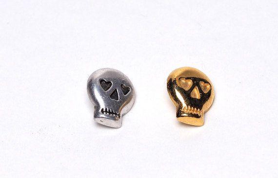 Skull by Loligita on Etsy