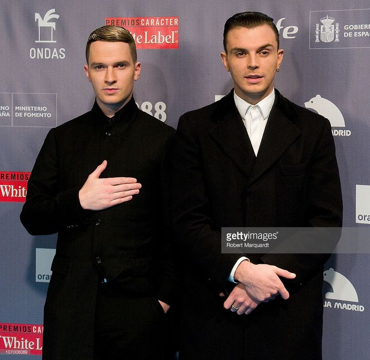 Adam Anderson and Theo Hutchcraft of Hurts attend the photocall for the 'Premios Ondas 2010' at the Gran Teatre de Liceu on November 19, 2010 in Barcelona, Spain.  (Photo by Robert Marquardt/Getty Images)