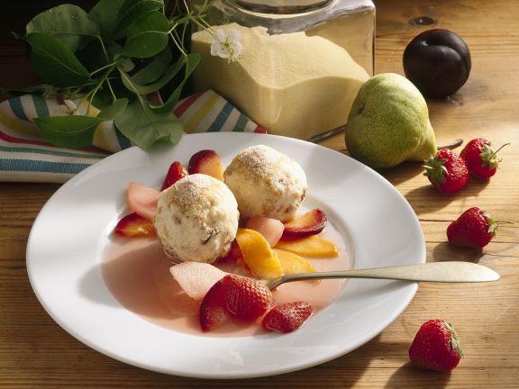 Grießklöße ist ein Rezept mit frischen Zutaten aus der Kategorie Kompott. Probieren Sie dieses und weitere Rezepte von EAT SMARTER!