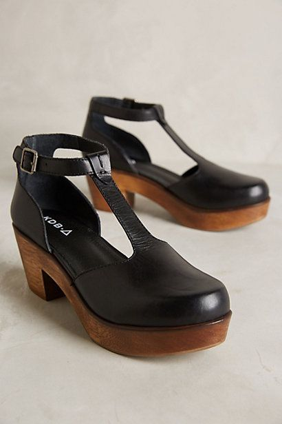 Black t-bar clog shoes | Platform | Chunky simple | Utility
