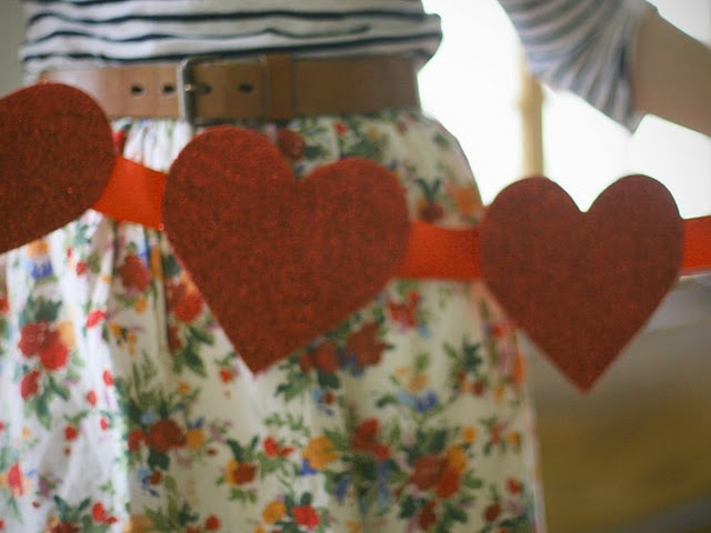 glittery heart banner: Floral Skirts, Heart Banners, Heart Garlands, Outfit, Glittery Valentines, Valentines Day, Red Heart, Happy Heart, Glitter Heart