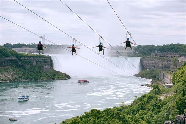 宙づりになってナイアガラの滝を楽しむ!カナダで新アトラクションが誕生