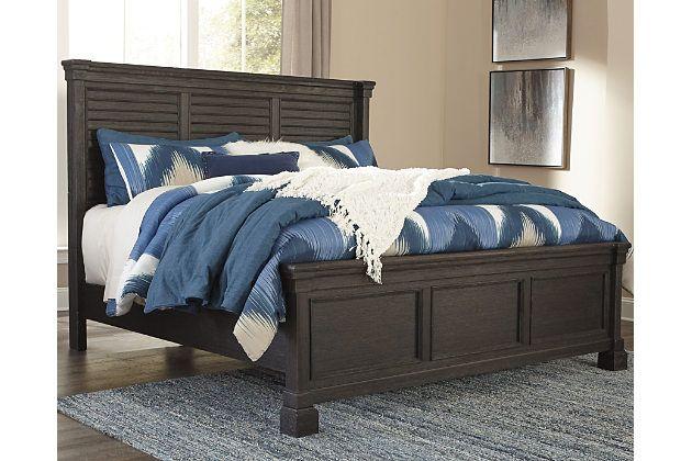 Tyler Creek Queen Louvered Bed, Bolanburg Queen Bedroom