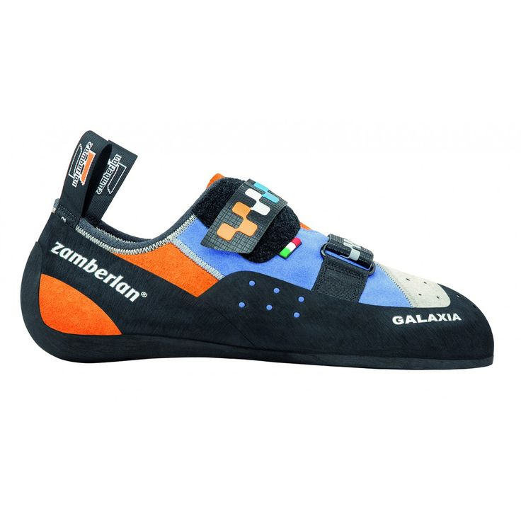 A56 GALAXIA - Shoes built on this last are more oriented to provide comfort even after many hours of climbing. It has a flat bottom and it features a lower asymmetry. Wide and comfy sole. #zamberlan #climbing #galaxia #discoverthedifference