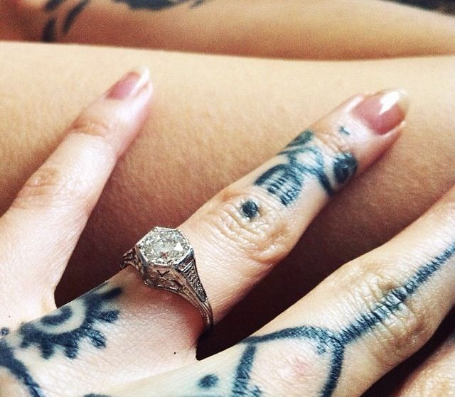 Hannah Snowdon's Engagement Ring From Oli Sykes