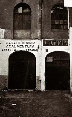 """Casa de dormir """"A cal Ventura"""" al lado de la taberna """"La Mina"""".    En la Prensa de Aquel Día: El Raval de Barcelona a través de la prensa histórica (3): Los bajos fondos de Barcelona, por Francisco Madrid"""