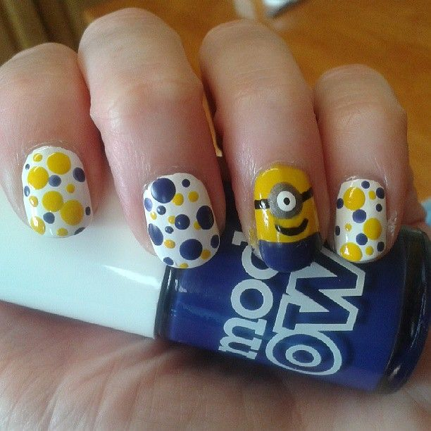 Dots and a Minion