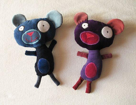 Фиолетовый Плюшевый медведь - причудливый, мультфильм, как Ушатек, фаршированные куклы, переработанные ткани, единственный в своем роде, бархат