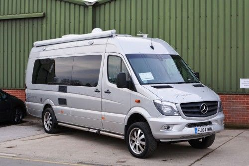 Mercedes-Benz Sprinter 319 CDI BlueEfficiency 4x4 McLaren Motorhome | Transportation Overflow 1