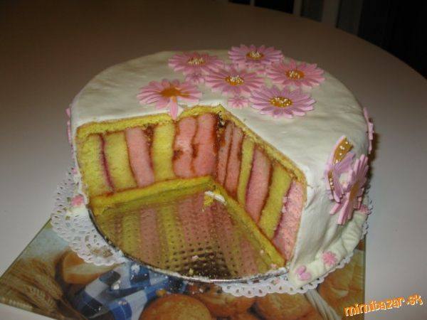 Punčová krútená torta