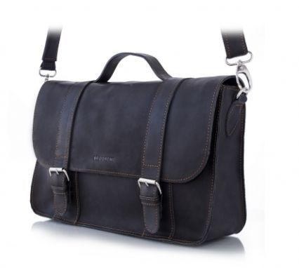 Torby Brodrene Męska czarnatorba podróżna od Brodrene Torba Brødrene BL11(czarna) jest wyjątkowomodnym dodatkiem, którym wyróżnisz się podczas każdej podróży. To idealne uzupełnienie eleganckiego designu w stylu retro...   #Brodrene #plecaki #Skóra #torby