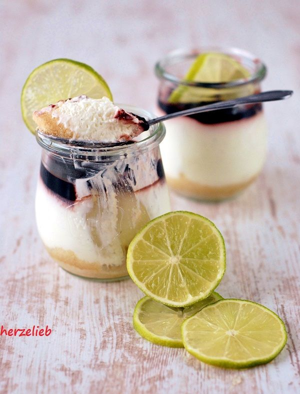 Dessert Im Glas Rezept Mit Dickmelk Limone Und Holunder Auf