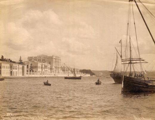 """1900ler - Nerede o eski İstanbul. İstanbul'un 1700'lerden 1900'lere, bazılarının belki de hiç görmediği birbirinden güzel fotoğraf kareleri sıralandı.  İşte tarihten """"Nerede o eski İstanbul"""" dedirten manzaralar..."""