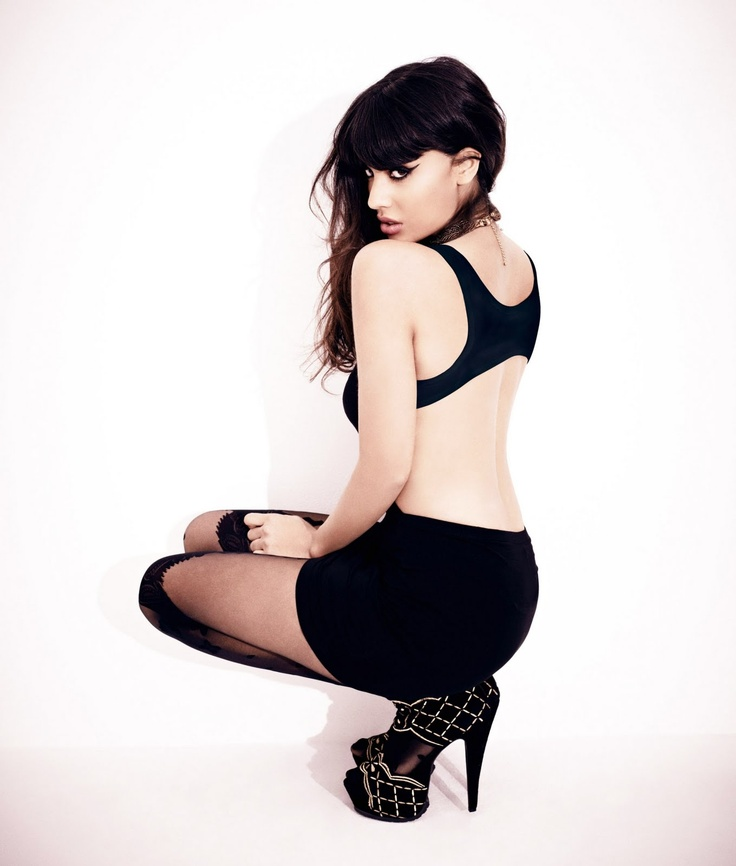 jameela jamil, as ms black