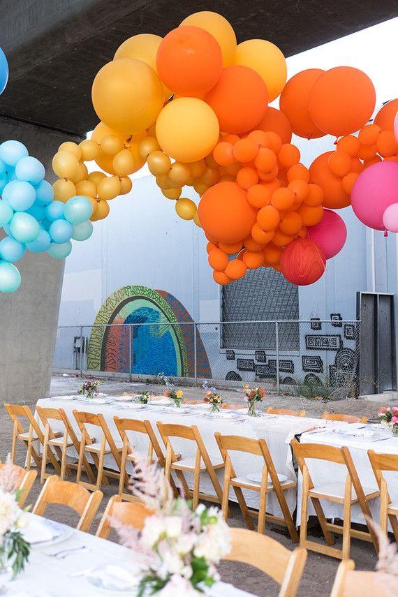 Balloon party decor