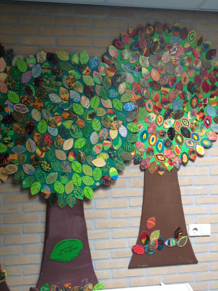 Leuk idee voor groepswerk. Elk kind versiert een blaadje van de boom
