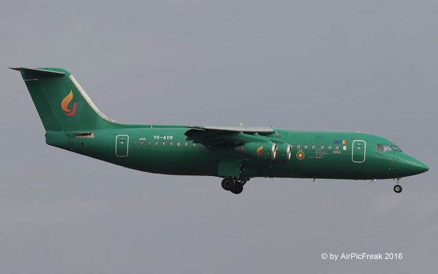 World of Aircraft Pictures: Aviro Air British Aerospace Bae146-300 YR-AVR