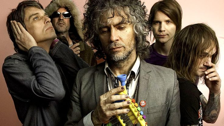 "The Flaming Lips – Live At Phoenix Festival 1996 – Past Daily Backstage Weekend –   The Flaming Lips - live at Phoenix Festival 1996 - BBC 6 Music - The Flaming Lips this weekend, enthusiastically deemed by Q Magazine as one of ""the 50 bands you need to see before you die"". And they say that without one scintilla of bullshit. The Flaming Lips are... #arianagrande #benefitconcert"