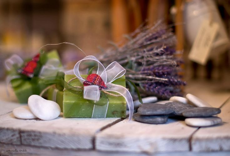 SOAP DECORATED WITH ORGANZA RIBBON