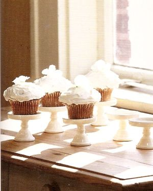 Adorable Cupcake Stands!