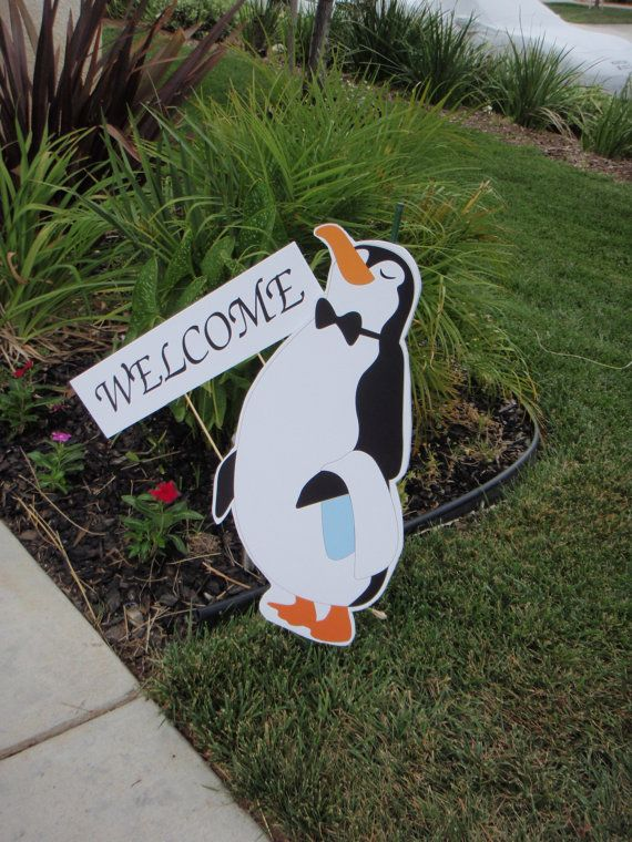 Mary Poppins Jolly Holiday Penguin Waiter Lawn Decoration by Belleza e Luce