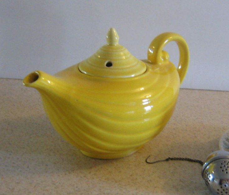 Aladdin style teapot,Arthur Wood yellow vintage tea pot, country kitchen, shabby cottage,kitchen decor at Designs by Willowcreek on Etsy by DesignsByWillowcreek on Etsy