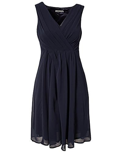 DOORDEWEEKSE JURKEN - SOAKED IN LUXURY / MEDENA DRESS - NELLY.COM