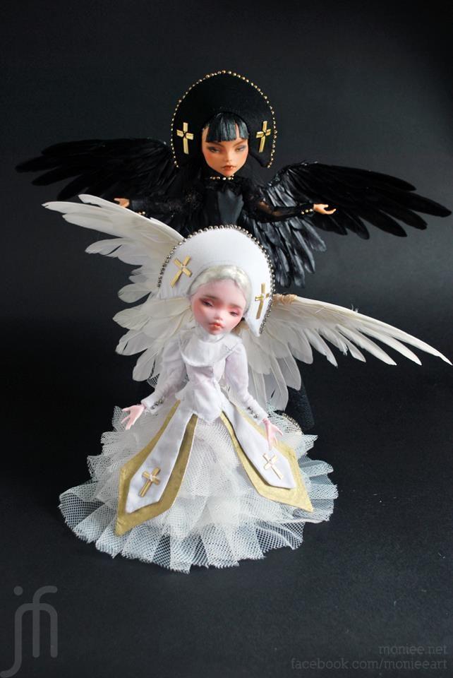 Cleo and Draculaura :) - Monster High Dolls .com ooak