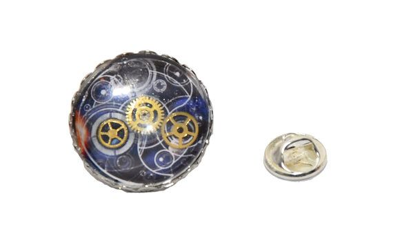 Steampunk / Timelord inspired Pin Badge / by thelongwayround