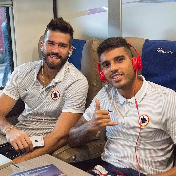 @alissonbecker & @emersonpalmieri33 🇧🇷👍 *** Follow @officialasroma in Instagram *** #asroma #roma #alisson #emersonpalmieri #seriea #passion #sport #filter #nofilter #photo #foto #rome #italy #calcio #football #picture #forzaroma #frecciarossa #termini