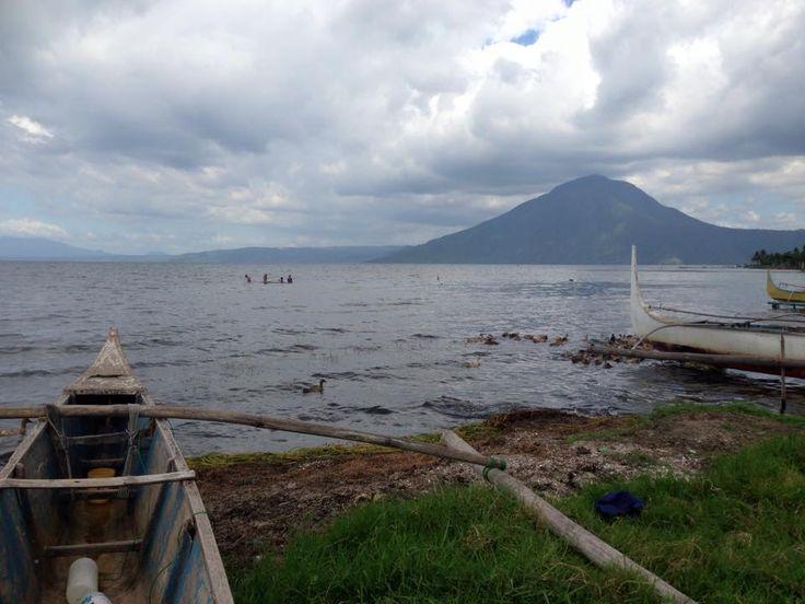 på vej til vulkanen Taal