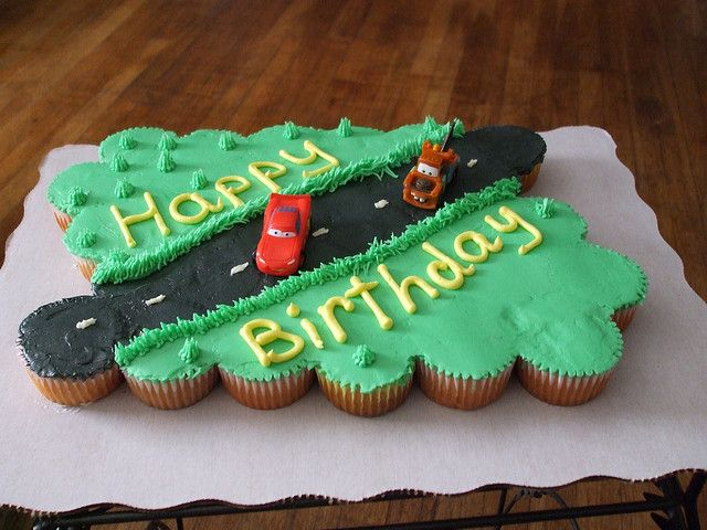 Cars Cupcake Cake 30 Cupcakes All Buttercream Are Plastic Toys