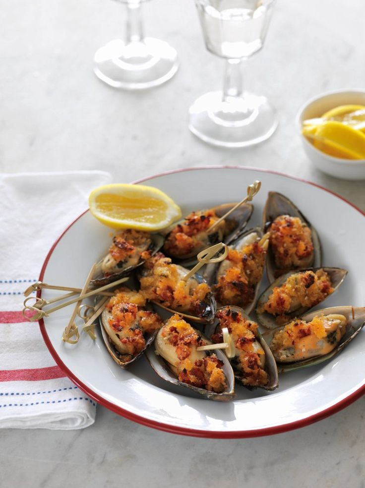 Sun-dried Tomato-crumbed Mussels