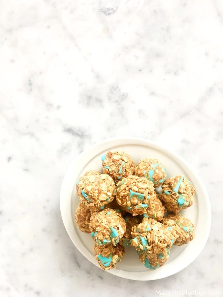 Healthy Snacks for Kids - No-Bake Granola Bites