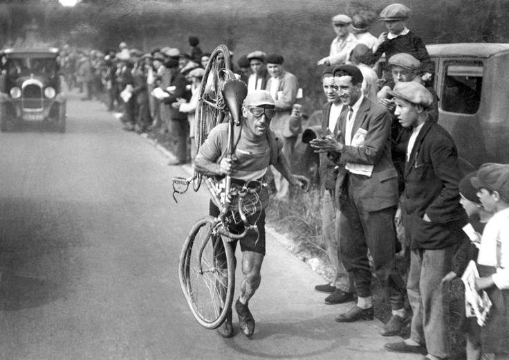 Tour de France 1930. 6^Tappa, 7 luglio.  Les Sables d'Olonne-Bordeaux. Victor Fontan (1892-1982)