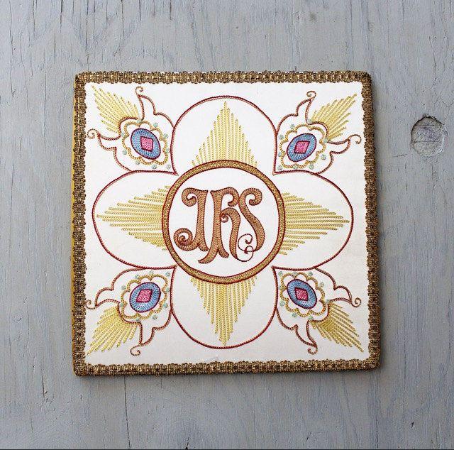 Vintage Catholic Burse Altar Linen Ihs Christogram