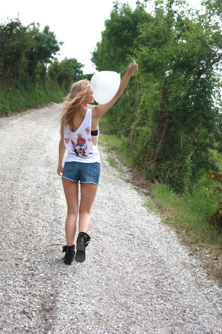 MANULENA SHOOTING PHOTOS BY ME SS15 #girl #model  #blonde #shooting  #summer #parrot #red #blackandwhite #denim #romantic #flower #dress #madeinitaly