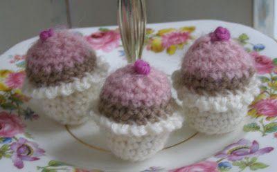 Cupcakes häkeln, ganz feines Tuto