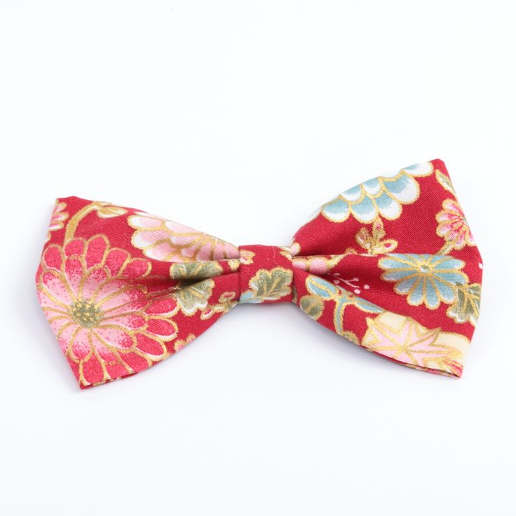 Sweet red and gold floral bow.