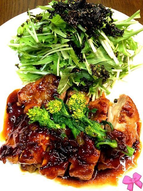 クララちゃんほんとにお肉が柔らかくて箸でひょいひょい切れた!! これは病みつきღღ•̥̑ .̮ •̥̑).:*・゚ マーマレードはうん十年ぶりに買ったよ!あと3回分くらいあるからバッチリ。*:゚ヘ(o^ω^o)ノ゚:*。ありがとうーー 水菜サラダは写真を見てどこかで? あーー、コトちゃんサラダだ!と気がつきました。身体が覚えてしまうほど美味しかった…〜(=^・。・^)ノにゃン 素敵なレシピをありがとねー!! - 346件のもぐもぐ - 鶏肉のマーマレード煮☆クララちゃんの作りました…水菜が無意識にコトちゃんサラダになっていたーღღ•̥̑ .̮ •̥̑).:*・゚ by おりぃ