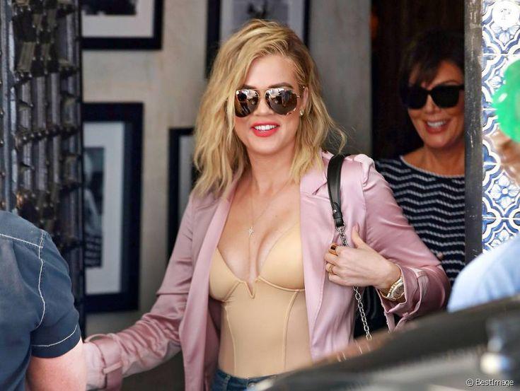 Khloe Kardashian est allée déjeuner avec sa mère Kris Jenner au restaurant Casa Vega à Studio City, le 8 juin 2016