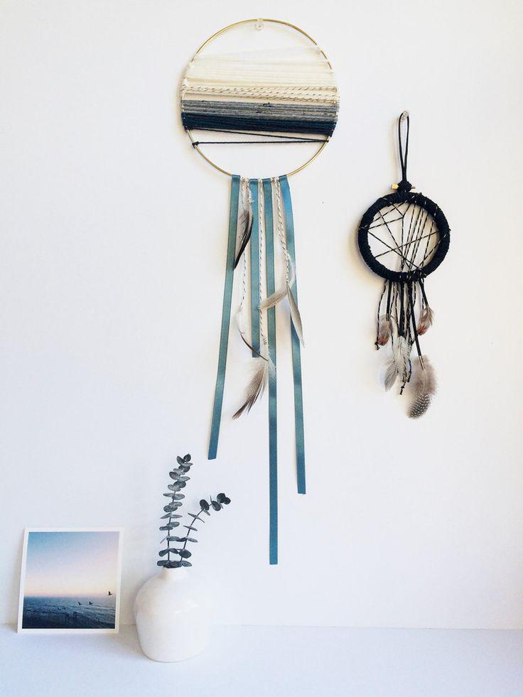 Modern Minimalist Dreamcatcher - Large Dream Catcher - Modern Boho Home Decor - Housewarming Gift - Bohemian Wall Hanging - Fiber Art - Shop Junylie  - 5