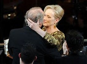 Actress  Meryl Streep & Sculptor husband Don Gummer ///      Married 39 Years How lovely to see a successful marriage.