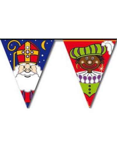 Vrolijke vlaggenlijn van Sint en Piet