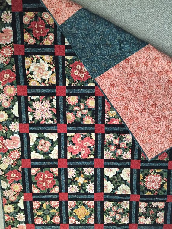 Lap quilt.  Sofa throw. Floral quilt.  Handmade by EllisCreek