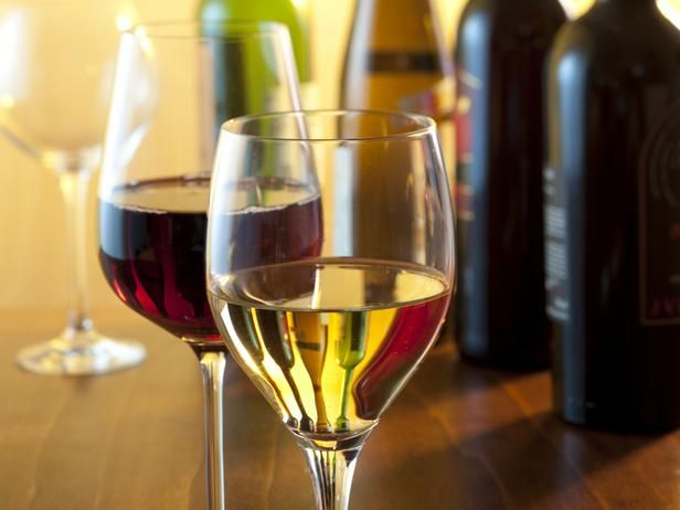 Food Network Kitchens help you select the proper wines and oils to use when you cook.